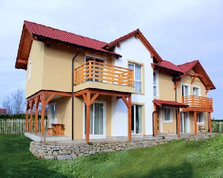 Sc chiulan house factory srl produttori di case in legno for Case prefabbricate rumene