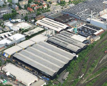 Holz-Henkel GmbH & Co. KG