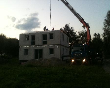 EFFEKTIV HOUSE SRL