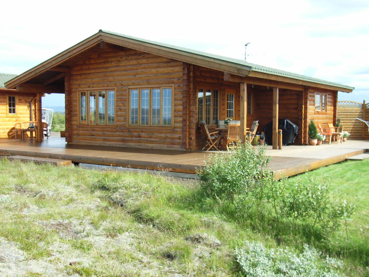 Casa di tronchi canadese pino nord america for Case di tronchi ranch