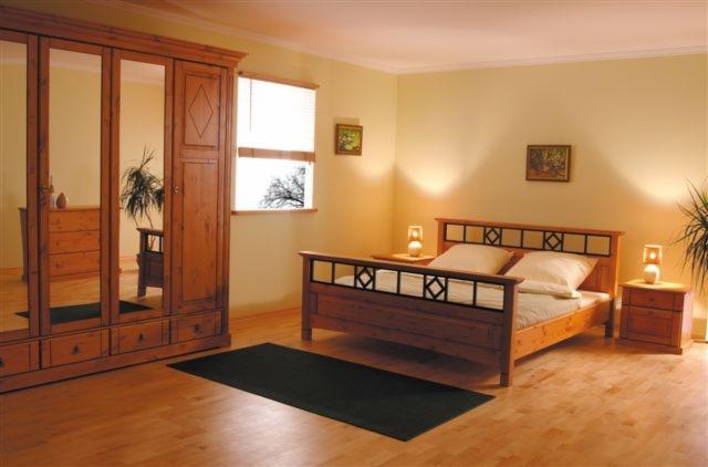 Arredamento camera da letto contemporaneo 200 0 300 0 for Arredamento zen camera da letto