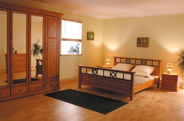 Arredamento camera da letto contemporaneo 200 0 300 0 for Arredamento camera da letto singola