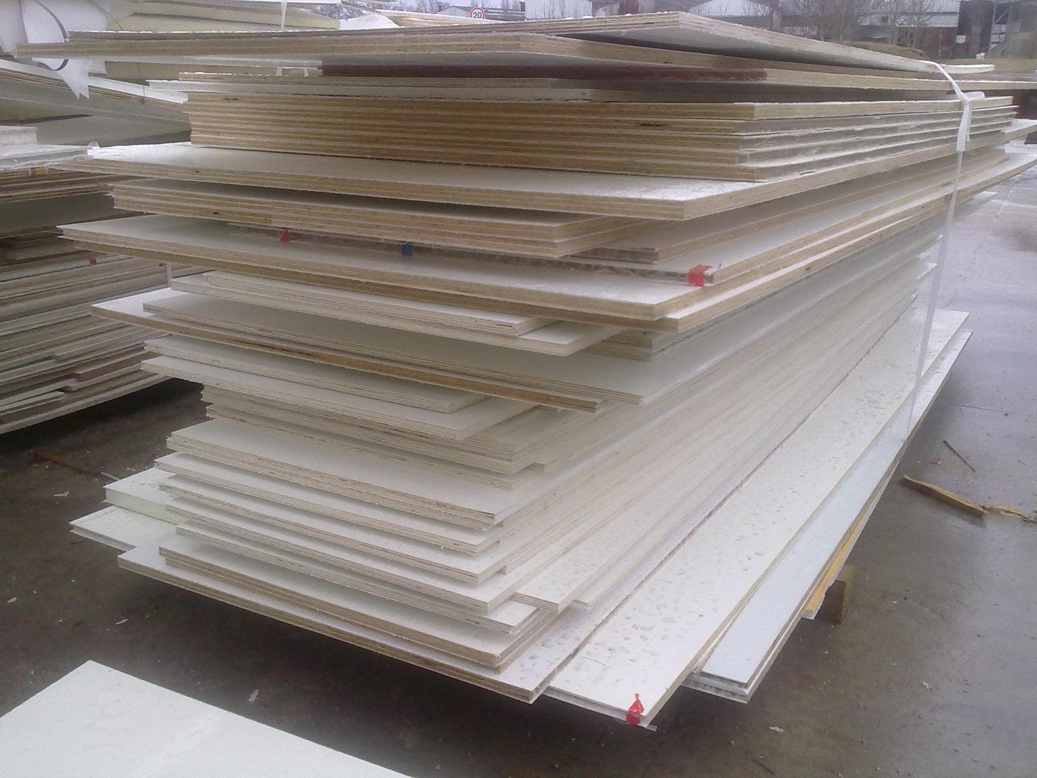 Panneau 3 plis pour coffrage pin arolle siberian yellow pine pinus cembra - Panneau 3 plis ...