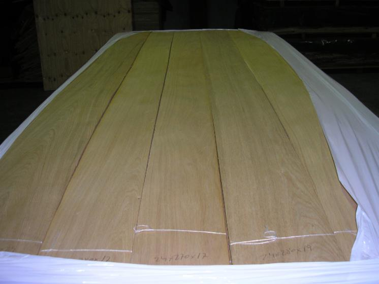 Natural Veneer, Oak (European), Flat cut