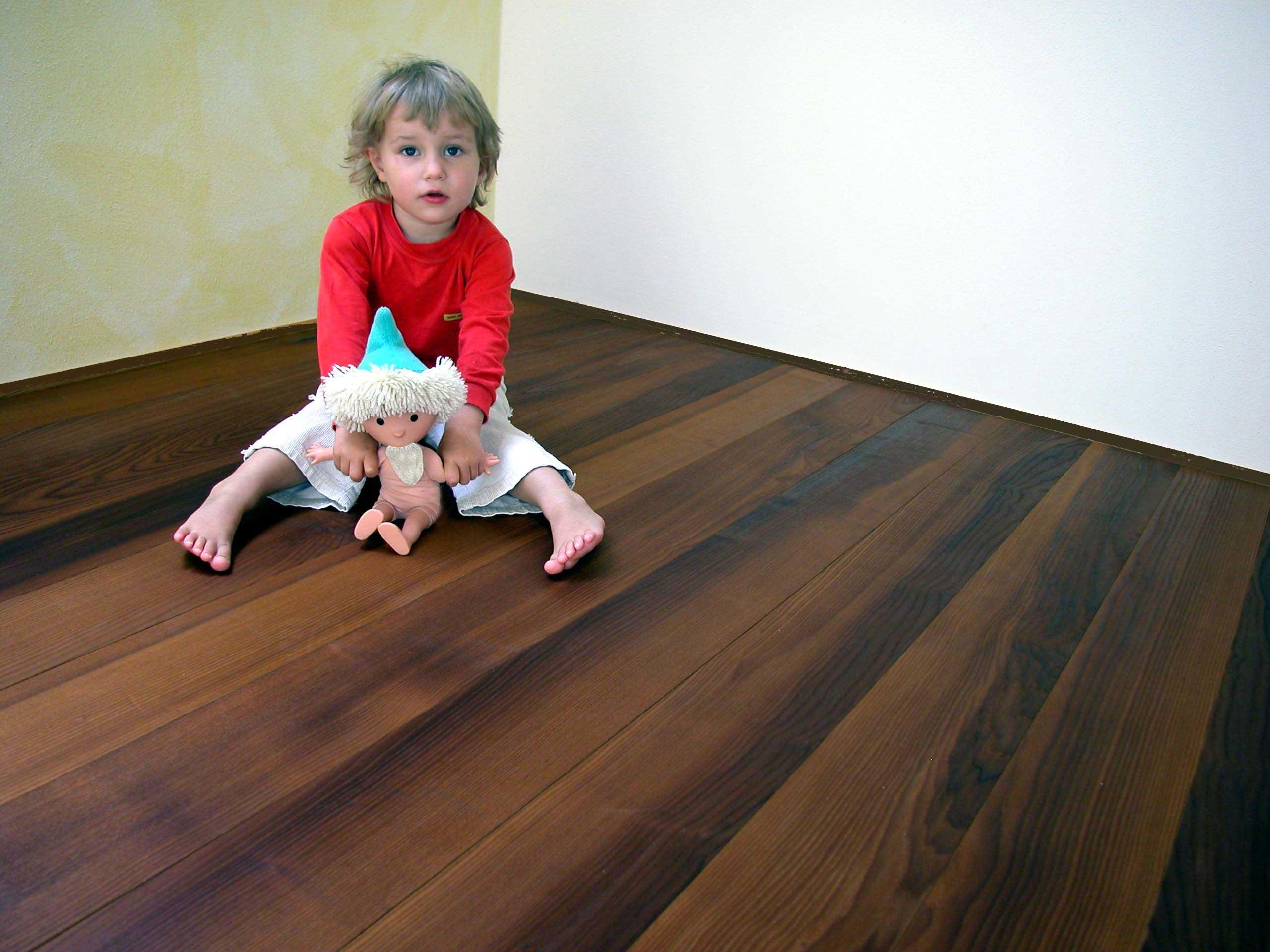 thermoesche parkett nut und federbretter. Black Bedroom Furniture Sets. Home Design Ideas