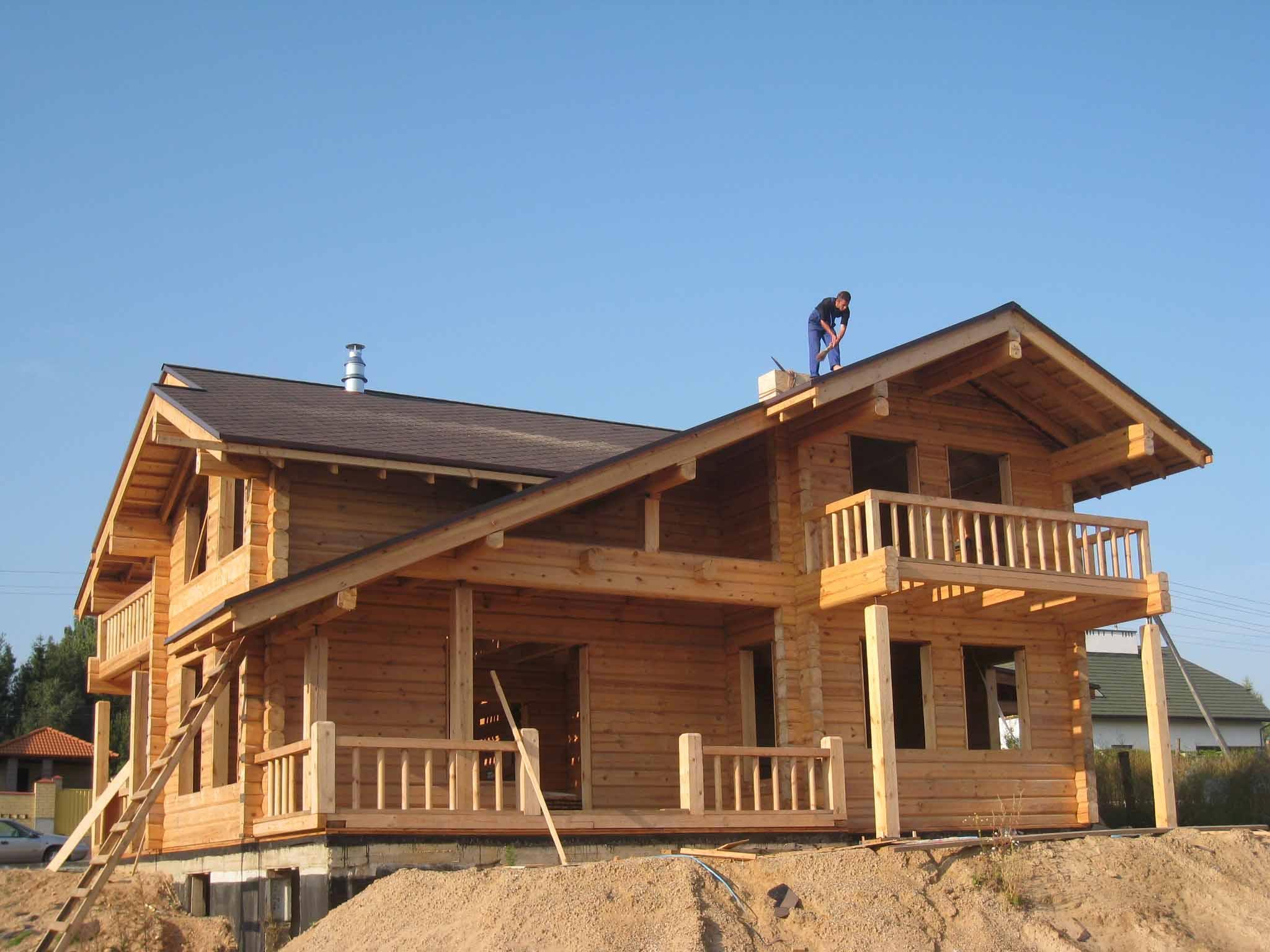 Casa de troncos escuadrados pino silvestre pinus - Estructura casa madera ...