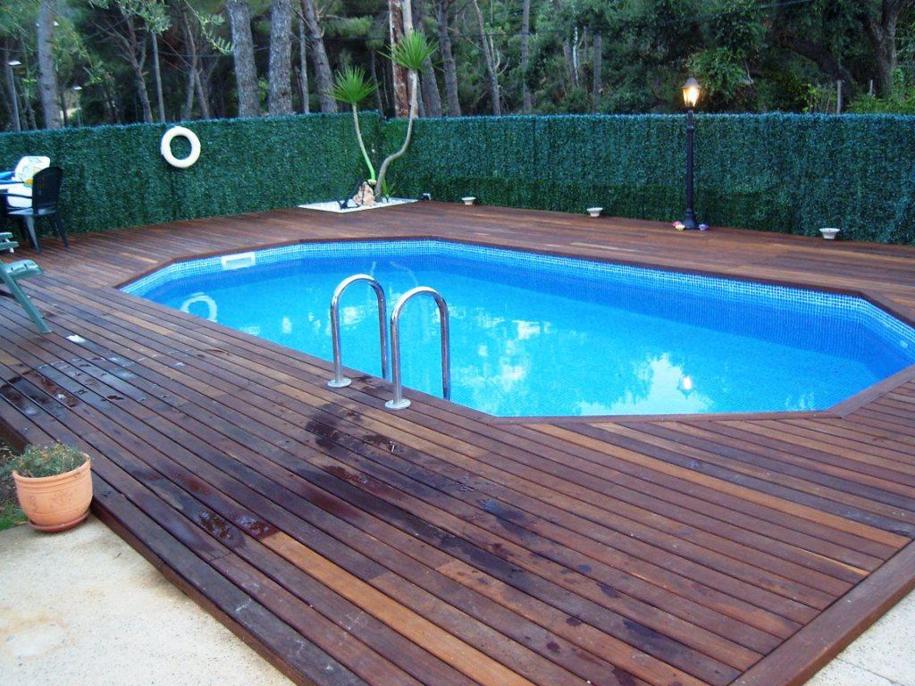 Piscine tradizionale 100 0 1000 0 pezzi all 39 anno for 1000 piscine