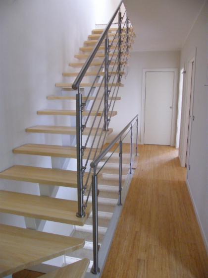 produzione scale per interni in legno ferro acciaio inox e vetro