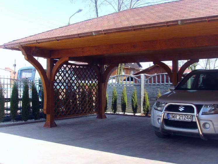 Carport garage epic a picea abies bois blancs for Carport auto auction