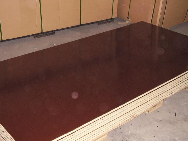 contreplaqu film brun brown film. Black Bedroom Furniture Sets. Home Design Ideas