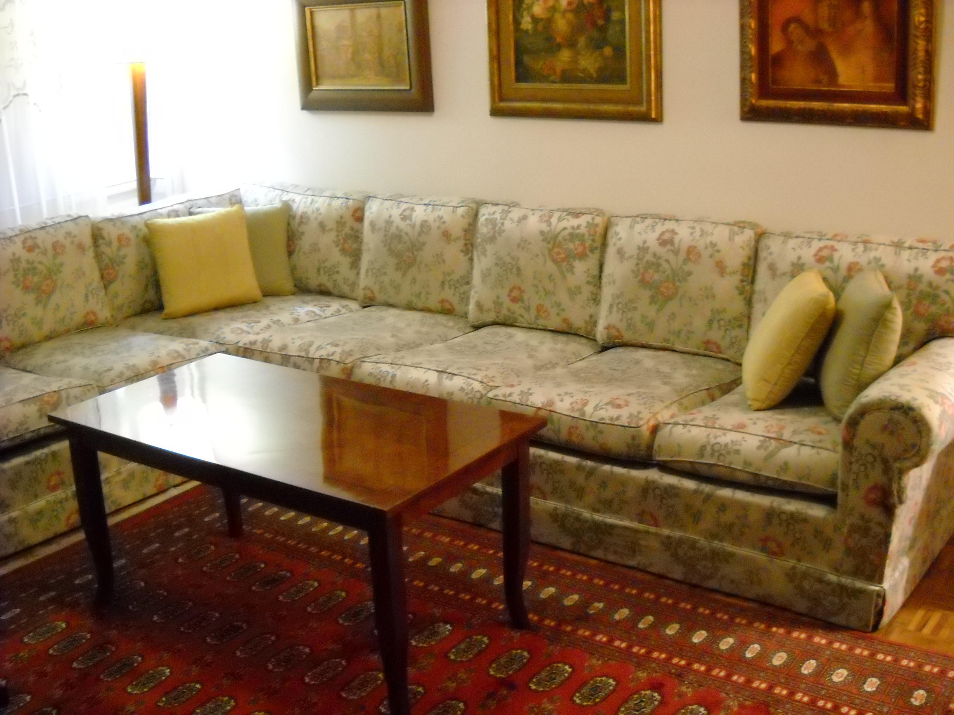 Garniture za dnevne sobe, Tradicionalni, 1 50 komada