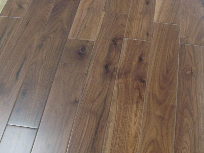 Engineered flooring black walnut engineered flooring for Walnut hardwood flooring