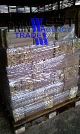 Drva Za Potpalu - Pelet - Opiljci - Prašina - Ivice ISO-9000 - All Coniferous Drveni Briketi ISO-9000 Ukrajina