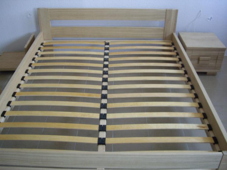 Beds, Traditional, 5   1000 pieces