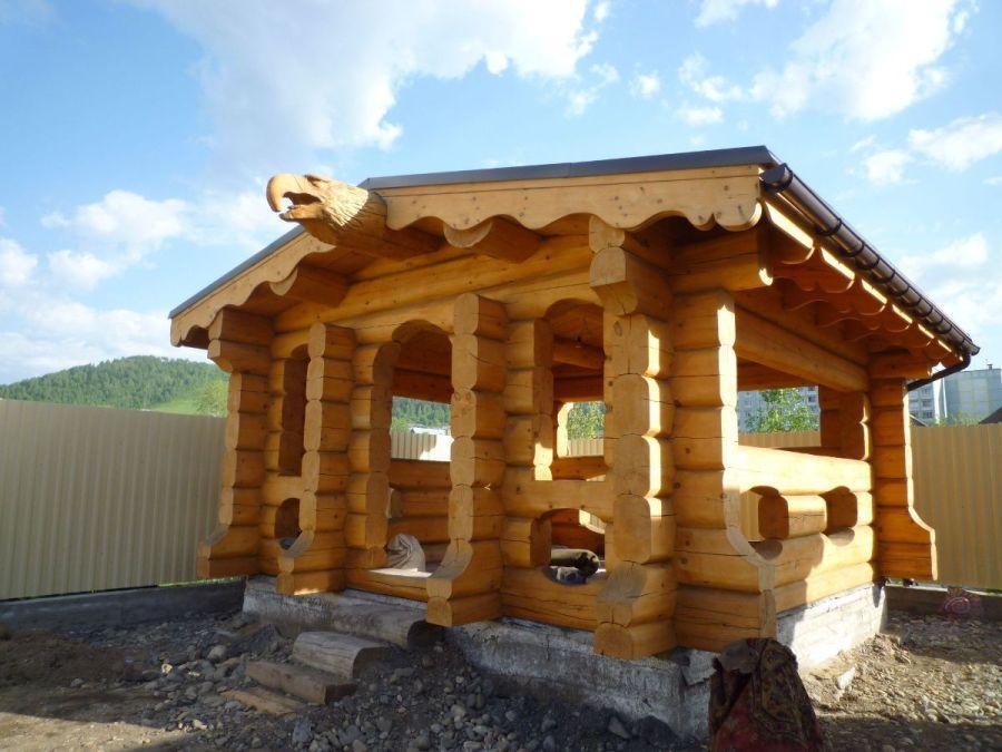 Square milled log house cedar siberia for Square log home