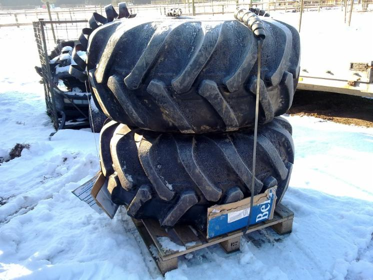 Accessories for harvesting machines, Tyres