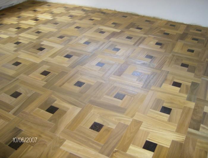vend parquet massif bois debout ce ch ne 20 mm prahova roumanie. Black Bedroom Furniture Sets. Home Design Ideas