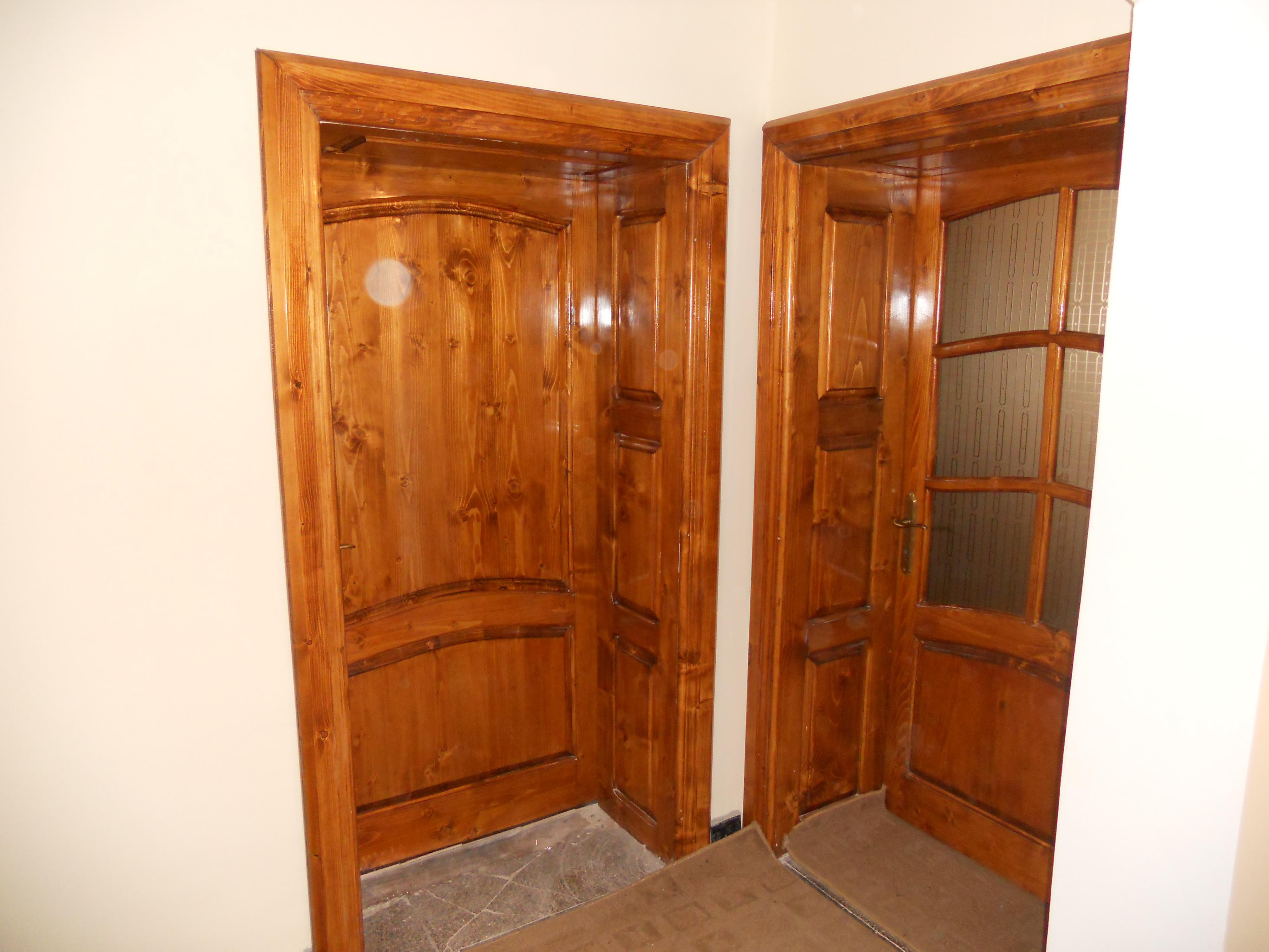 Maderas blandas puertas abeto picea abies madera blanca for Puertas madera blancas