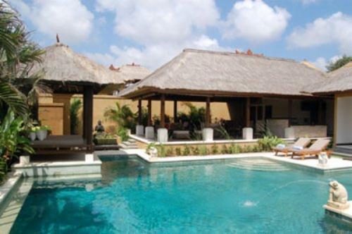 Coconut, Pavilion