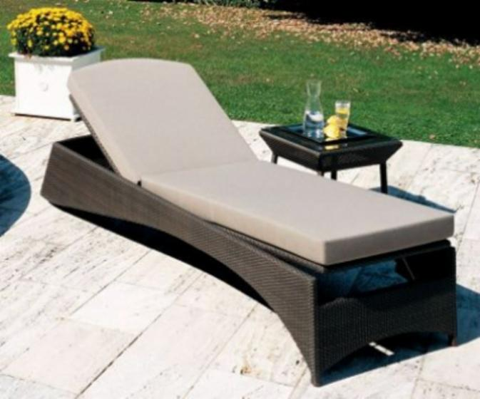 Garden loungers, Contemporary