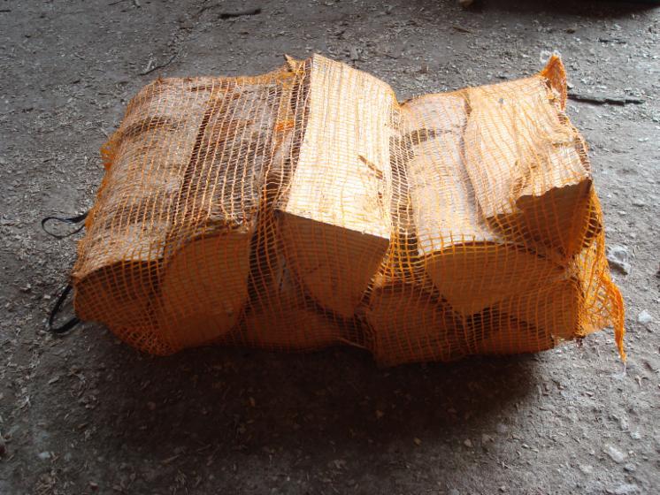 bois de chauffage en 40l sacs de bouleau bois. Black Bedroom Furniture Sets. Home Design Ideas