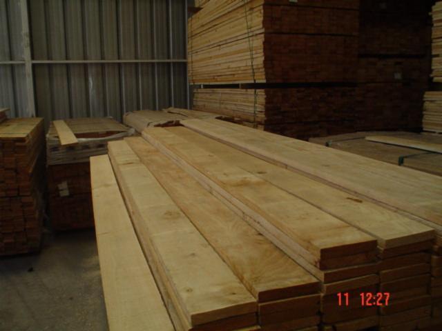 Attirant Radiata Pine COL FOHC   Furniture Grade Lumber