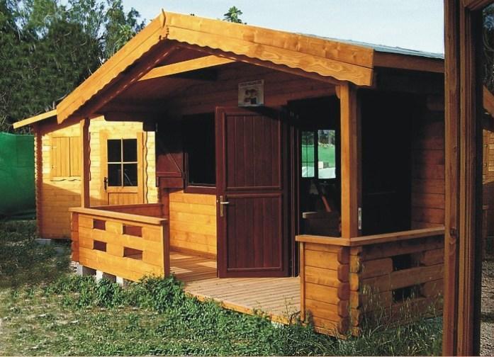 Casetta in legno modello pola mq 27 for Casa in legno romania