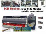 Vand Mașini De Profilat Și Rindeluit Pe 3 Și 4 Fețe MB3007 MB3007 Nou China
