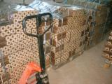 Firewood - Chips - Pellets  - Fordaq Online market Готовы предложить к поставке древесные брикеты RUF