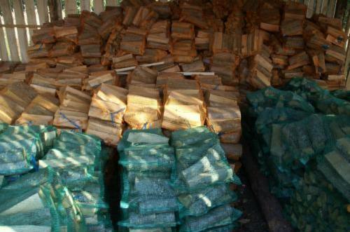 Firewood-Woodlogs-Cleaved
