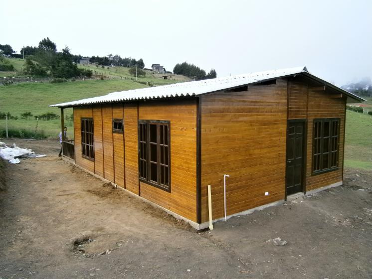 casas prefabricadas, 1   600 m2