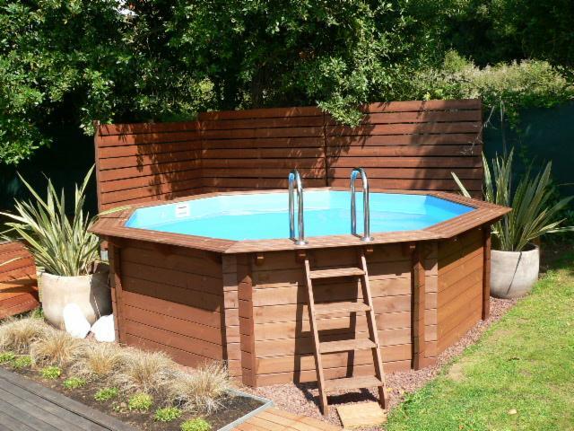 Compra de piscina madera blanda europea espa a for Compra de piscinas