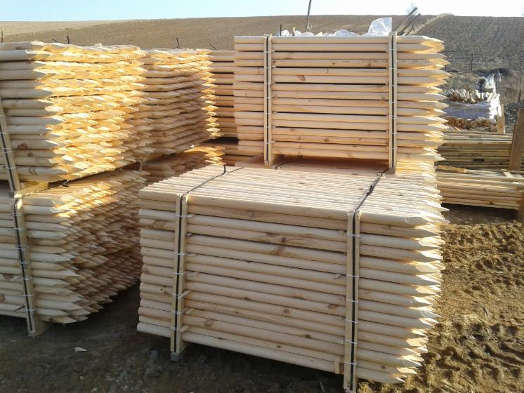 conical shaped round wood