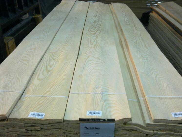 Natural Veneer, Pine (Pinus sylvestris)   Redwood, Quartered