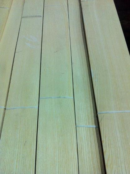 White-Ash-Veneer-with-Rift-and-Flat-Cut