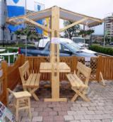 Gartenmöbel Zu Verkaufen - Traditionell Armands Kiefer (Pinus Armandi) Gartensitzgruppen FRG UMBRAR Prahova Rumänien zu Verkaufen