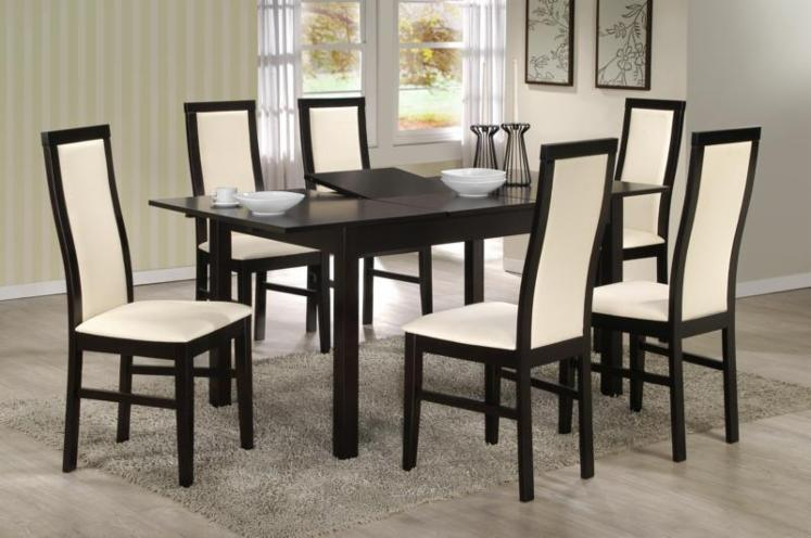 ensemble table et chaises pour salle manger design 50 0 400 0 containers 40 pieds. Black Bedroom Furniture Sets. Home Design Ideas