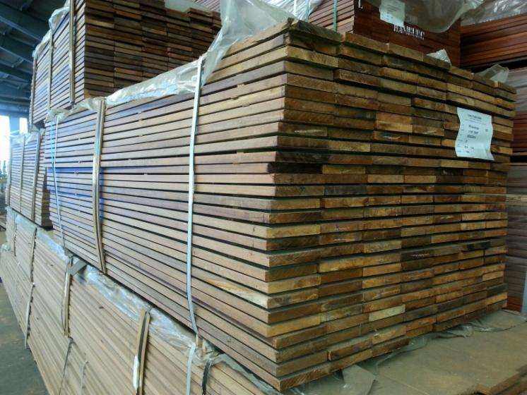 Ipe-Decking-from-Brazil-FSC