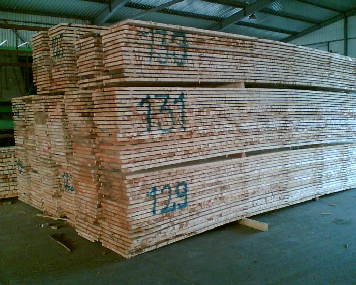 Loseware (unedged boards, sorted and bundled)