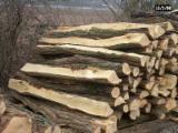 FSC acacias Firewood/Woodlogs Cleaved in France