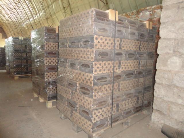 Wood briquets