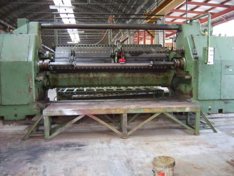 Slicing   Cleaving   Chipping   Debarking, TORNO DE DESENROLLO TELESCOPICO