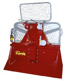 Accessories for harvesting machines, Cable winch