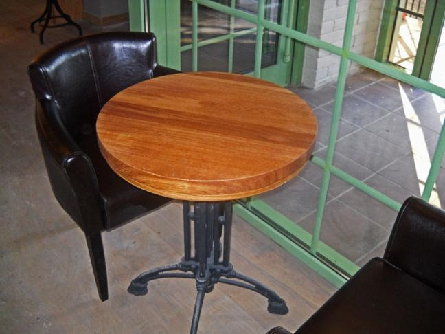 Restaurant tables, Contemporary, 5   50 pieces
