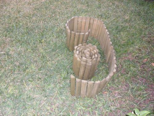 Abete legni bianchi perimetro da giardino for Abete da giardino