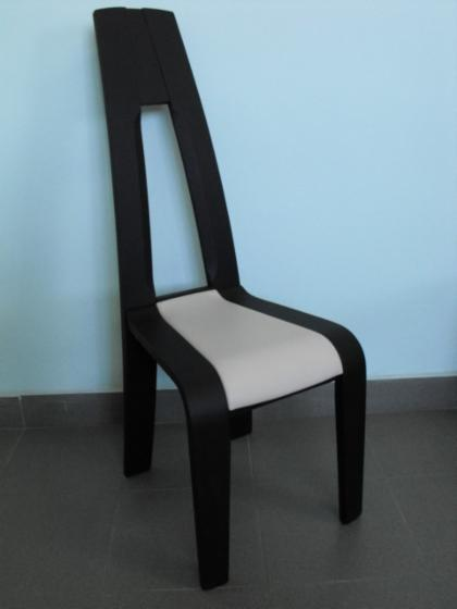 Chairs, Traditional, 200   250 pieces
