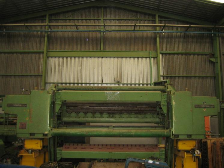 Slicing   Cleaving   Chipping   Debarking, DEROULEUSE TELESCOPIQUE