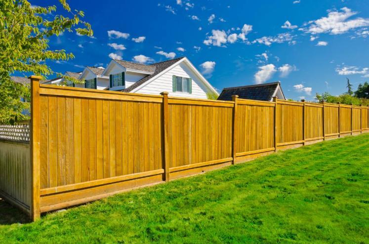Cierres de madera separadores cortavistas o vallado - Cierres de madera ...