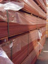 Maçaranduba (Bulletwood, Beefwood, Quinilla), Anti-Slip Decking (2 Sides)
