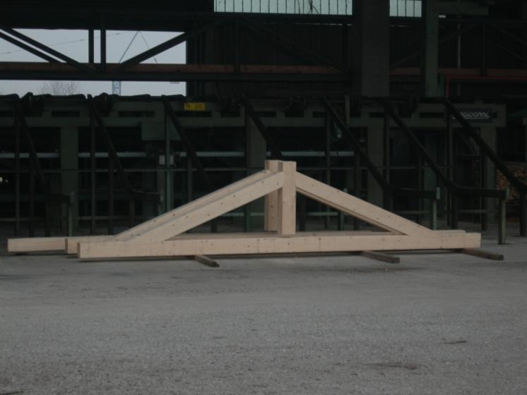 Precut-Roof-Framing--Spruce-%28Picea-abies%29---Whitewood
